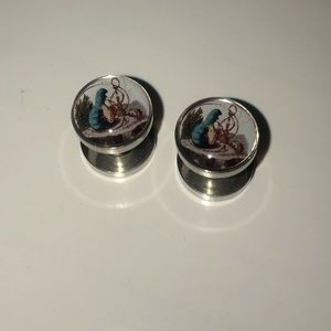 4g screw on plugs Alice in wonderland